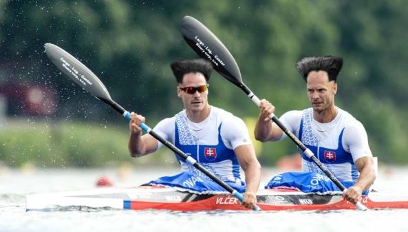 K2: Erik Vlček a Juraj Tarr