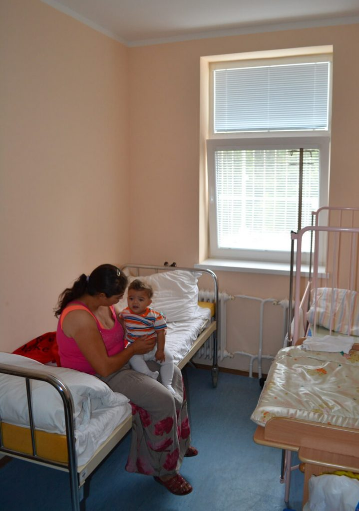 Foto-1---izba-s-novým-oknom-od-darcovskej-rodiny