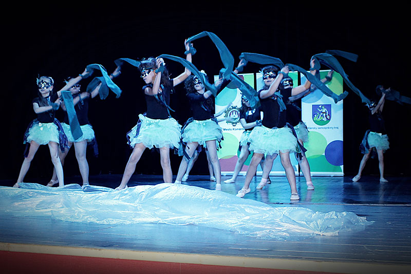 COM-DANCE-2016-(3)
