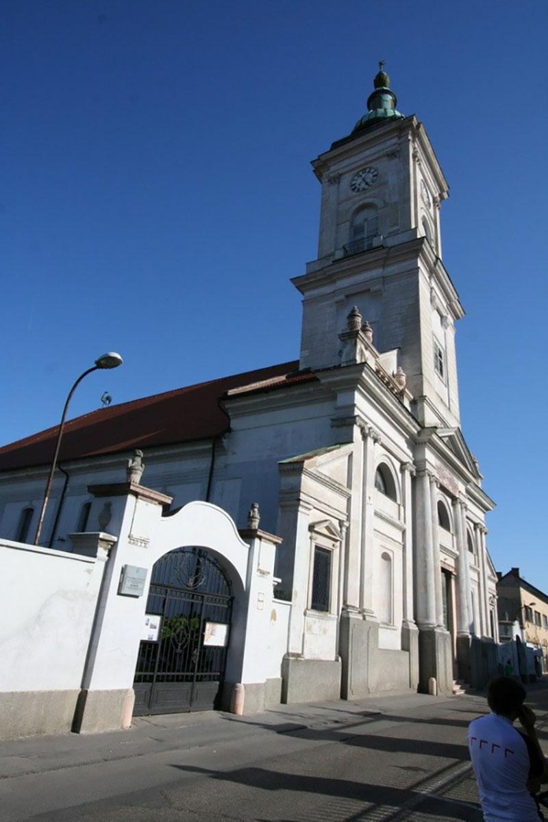 Kostol reformov. cirkvi 65m