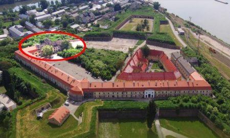 Ahoj Komárno - Mesto ukončilo rekonštrukciu strechy vážskeho krídla pevnosti